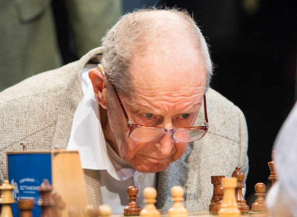 Yuri Averbach la un eveniment din 2019. Sursa foto: Chess.com/ Maria Emelianova